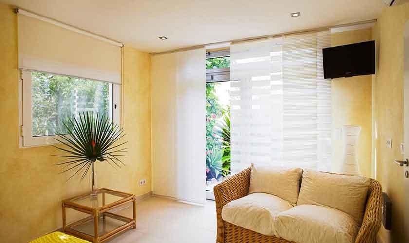 Schlafzimmer Ferienhaus Ibiza IBZ 15