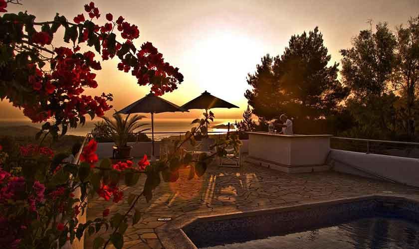 Terrasse und Meerblick am Abend Ferienhaus Ibiza IBZ 15