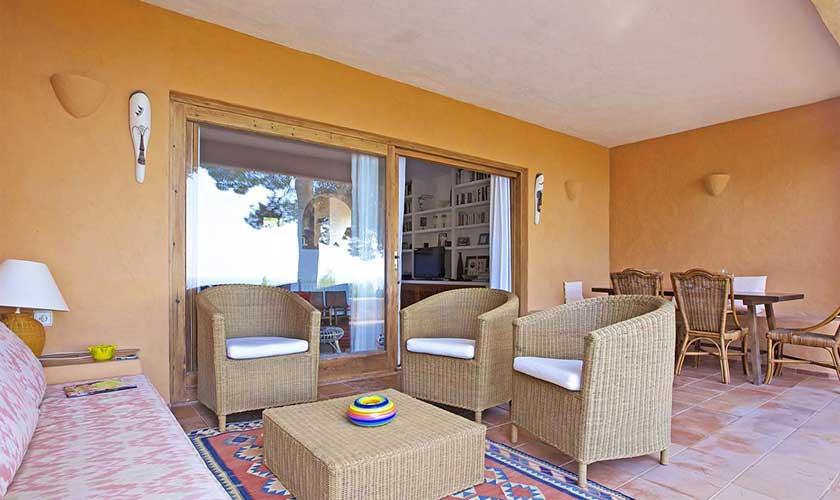 Überdachte Terrassse Ferienhaus Ibiza IBZ 19