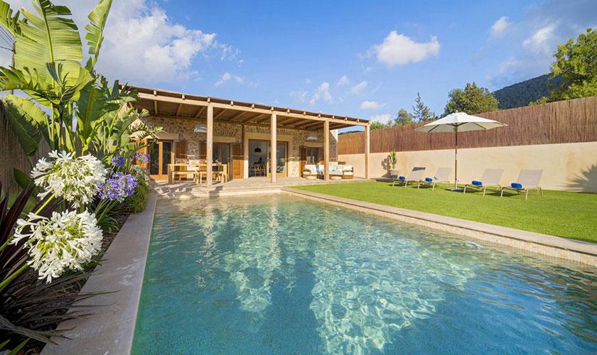 Pool und Terrasse Ferienhaus Ibiza IBZ 22