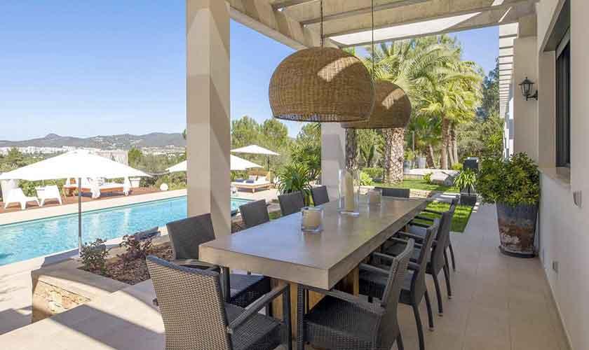 Esstisch Terrasse Ferienvilla Ibiza IBZ 33
