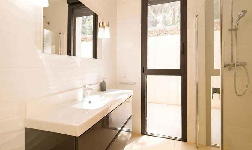 Badezimmer Ferienvilla Ibiza IBZ 33