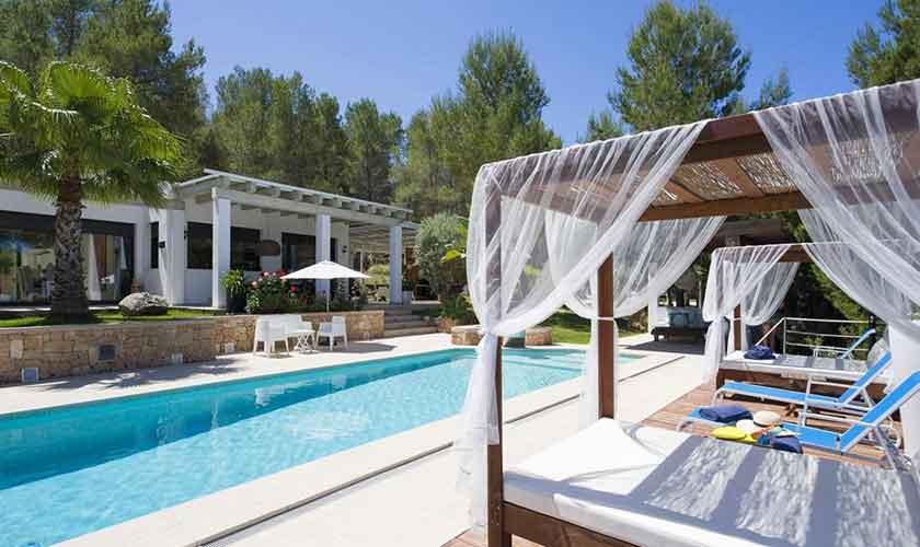 Pool und Terrasse Ferienvilla Ibiza IBZ 33