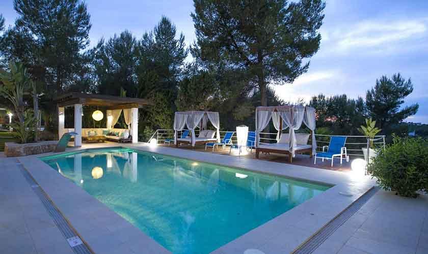 Pool und Ferienvilla Ibiza IBZ 33