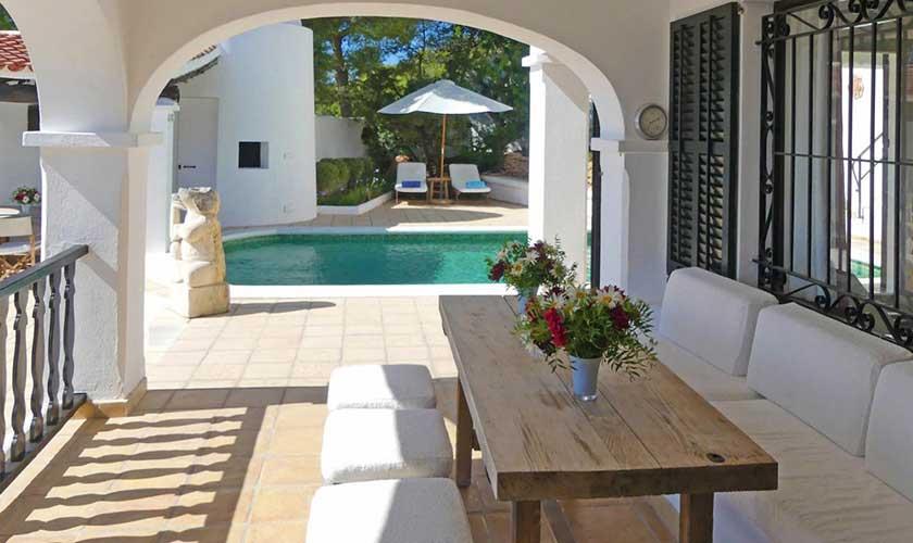 Essplatz und Pool Villa Ibiza IBZ 34