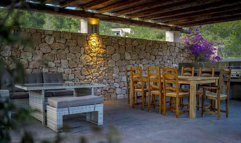 Überdachte Terrasse Ferienhaus Ibiza IBZ 37