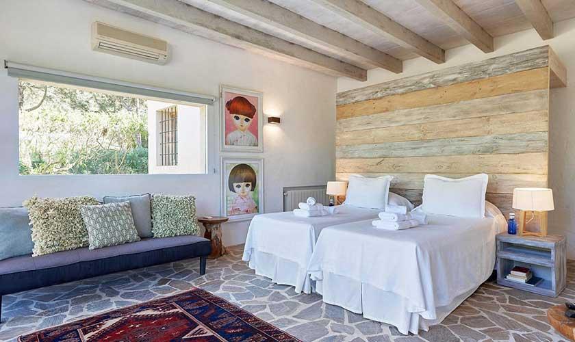Schlafzimmer Finca Ibiza IBZ 38