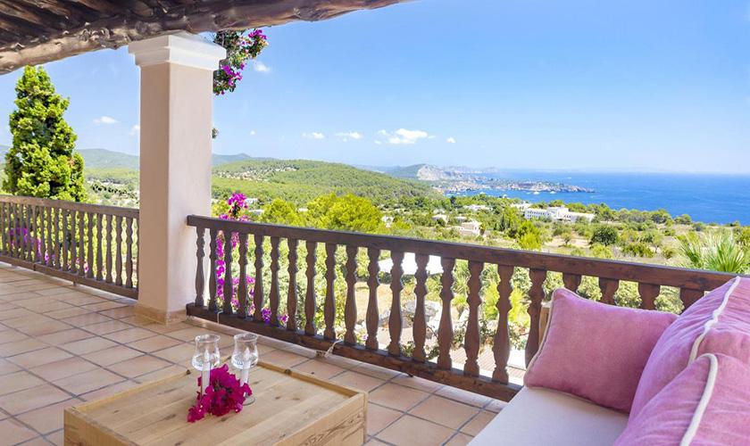 Obere Terrasse und Meerblick Villa Ibiza IBZ 39