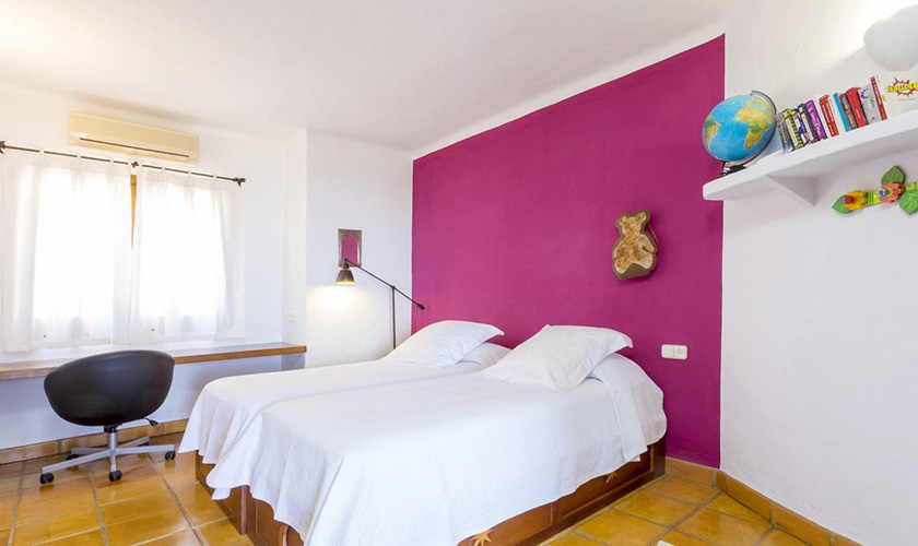 Schlafzimmer Villa Ibiza IBZ 39