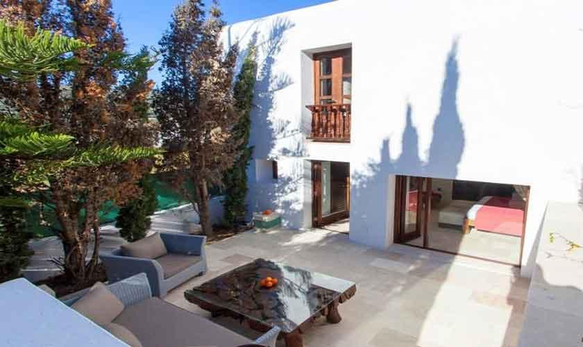 Terrasse Ferienfinca Ibiza 8 Personen IBZ 40