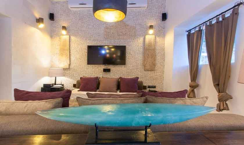 Wohnraum Ferienfinca Ibiza 8 Personen IBZ 40