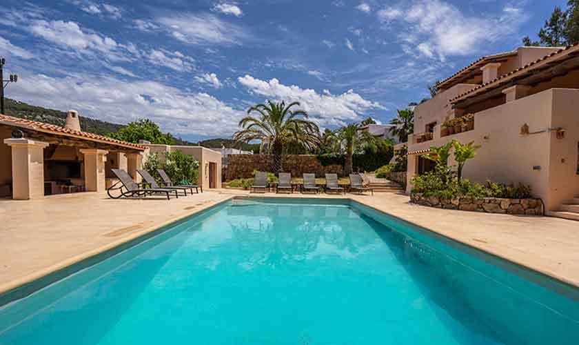 Pool und Ferienhaus Ibiza IBZ 62