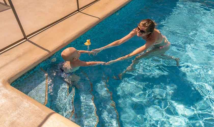 Pool mit Kindersicherung Ferienhaus Ibiza IBZ 62