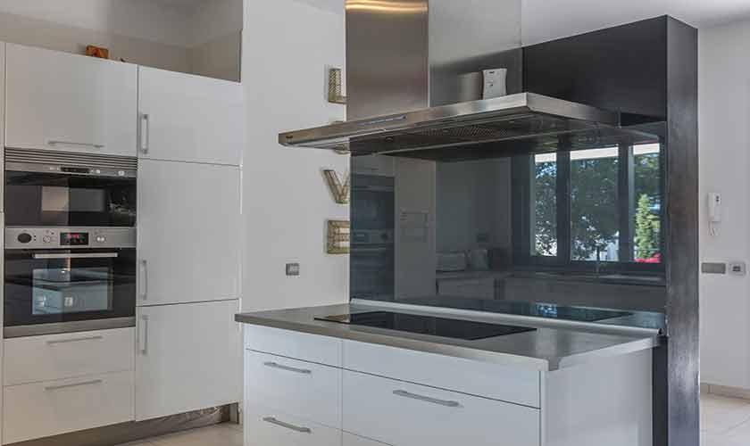Küche Villa Tarida 10 Personen IBZ 70