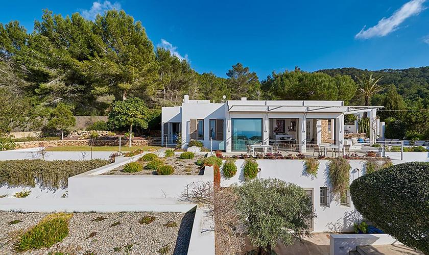 Garten und Villa Ibiza IBZ 72
