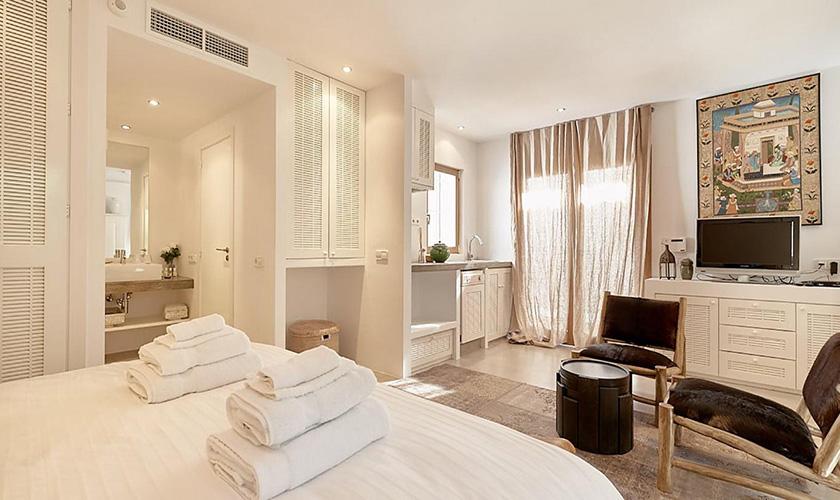 Schlafzimmer Villa Ibiza IBZ 72