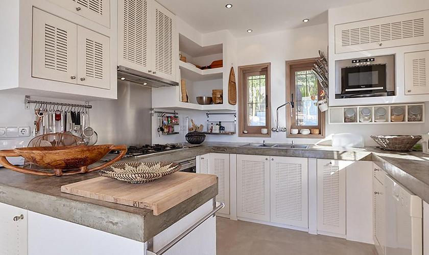 Küche Villa Ibiza IBZ 72