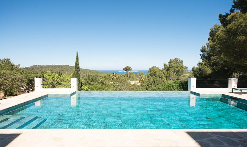 Pool und Meerblick Ferienvilla Ibiza für 10 Personen IBZ 77