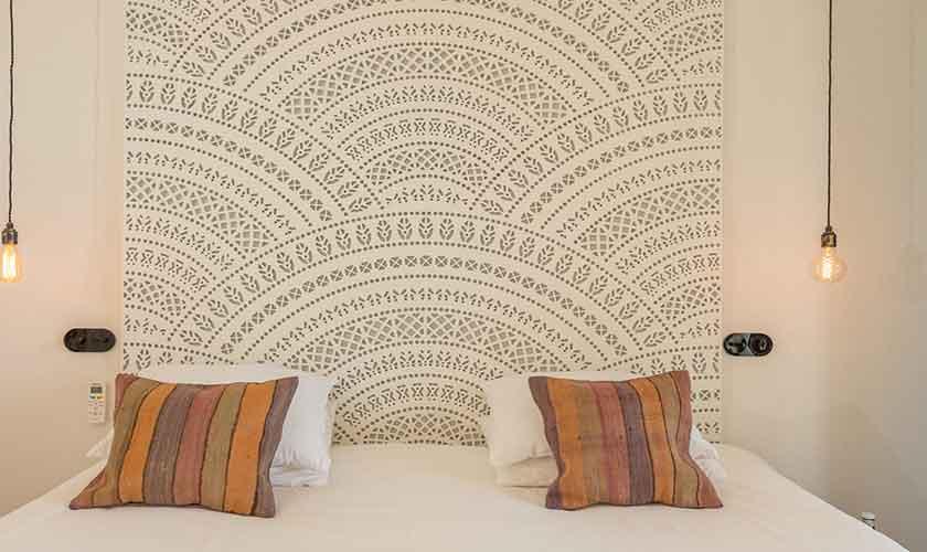 Schlafzimmer Ferienvilla Ibiza für 10 Personen IBZ 77