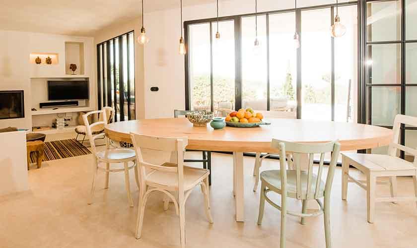 Essplatz Ferienvilla Ibiza für 10 Personen IBZ 77