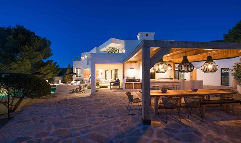 Abendlicht Ferienvilla Ibiza für 10 Personen IBZ 77