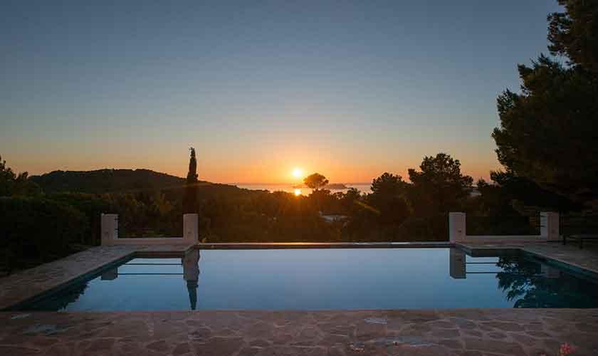 Sonnenuntergang Ferienvilla Ibiza für 10 Personen IBZ 77