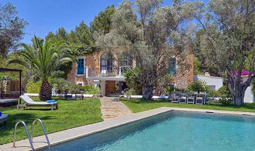 Pool und Garten Ferienvilla Ibiza IBZ 86