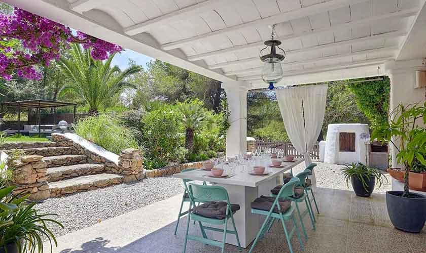 Überdachte Terrasse Ferienvilla Ibiza IBZ 86