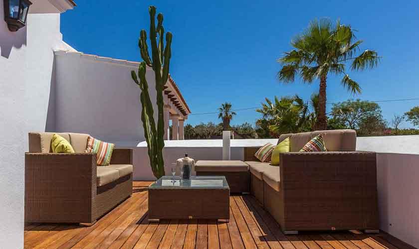 Terrasse mit Loungemöbeln Finca Ibiza IBZ 88