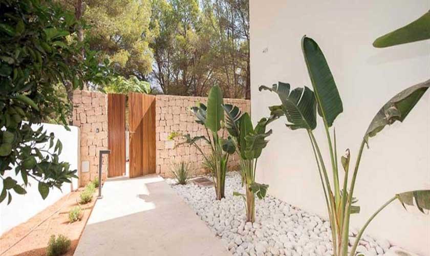 Garten Ferienvilla Ibiza IBZ 89