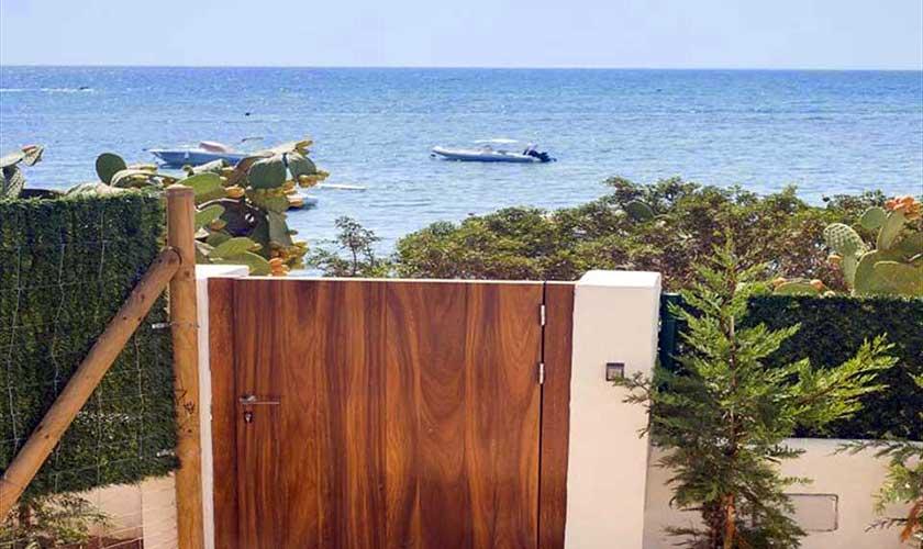 Gartentor Villa am Strand Ibiza IBZ 90