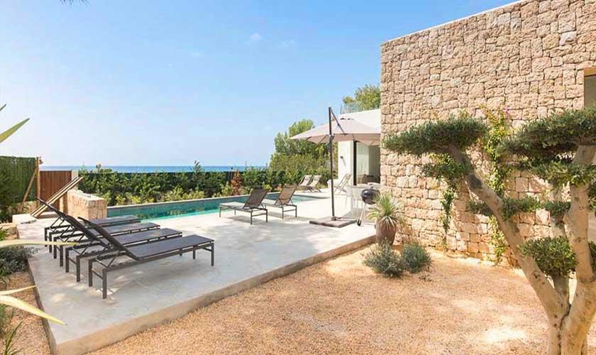 Terrasse Villa am Strand Ibiza IBZ 90
