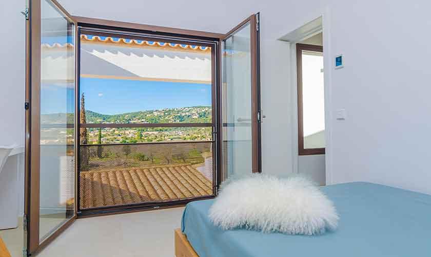 Schlafzimmer Ferienvilla Mallorca 12 Personen PM 115