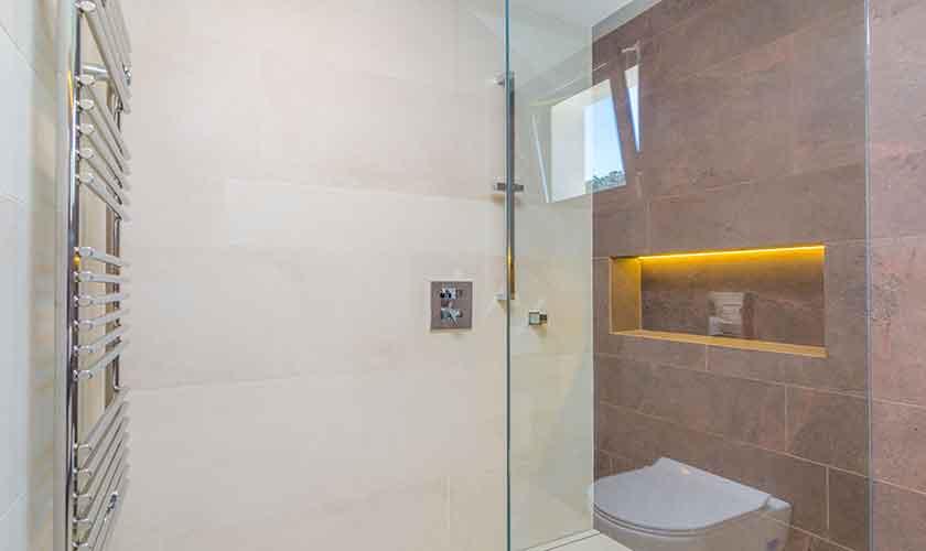 Badezimmer Ferienvilla Mallorca 12 Personen PM 115