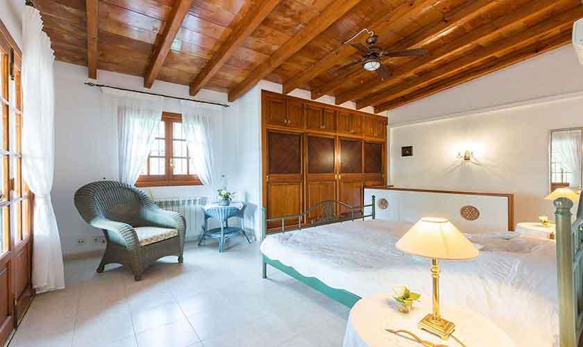 Schlafzimmer Finca Mallorca PM 120
