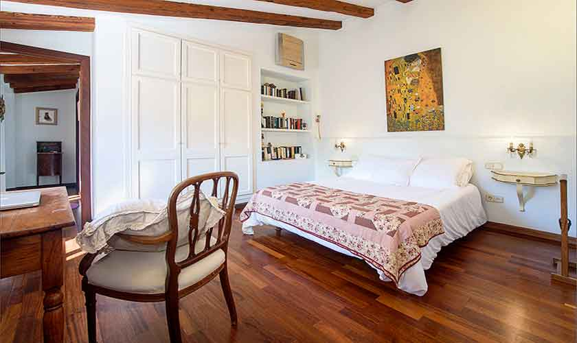 Schlafzimmer Finca Mallorca PM 235