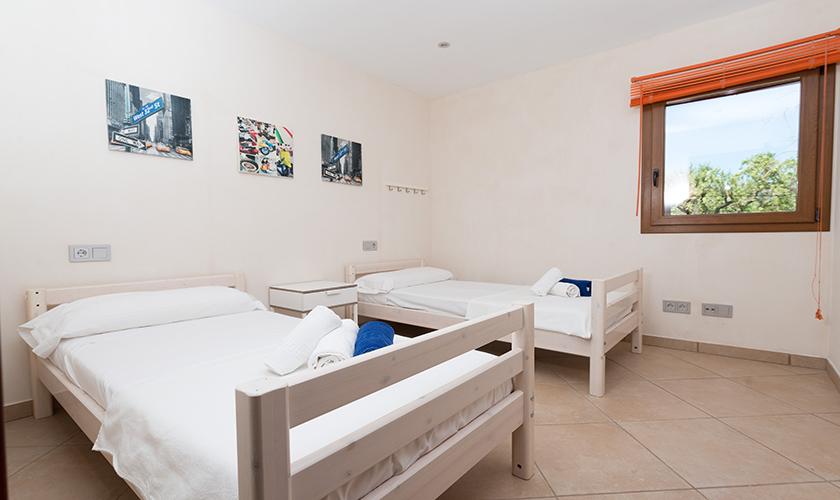Schlafzimmer Finca Mallorca für 6 Personen PM 3015