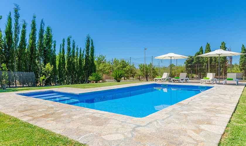 Poolblick Finca Mallorca für 6 Personen PM 3015