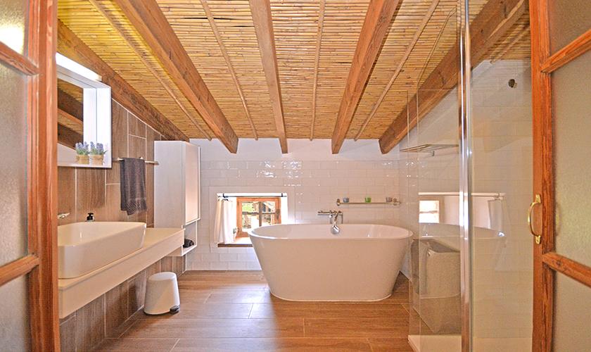 Badezimmer Finca Mallorca mit Pool PM 3038