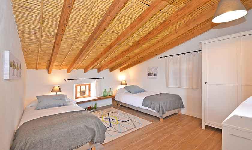Schlafzimmer Finca Mallorca mit Pool PM 3038