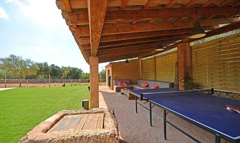 Terrasse und Tischtennis Finca Mallorca PM 3038