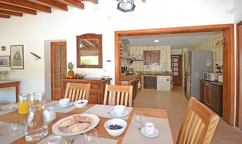 Esstisch Finca Mallorca mit Pool PM 3070