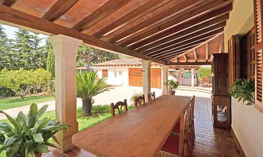 Esstisch Terrasse Finca Mallorca mit Pool PM 3070