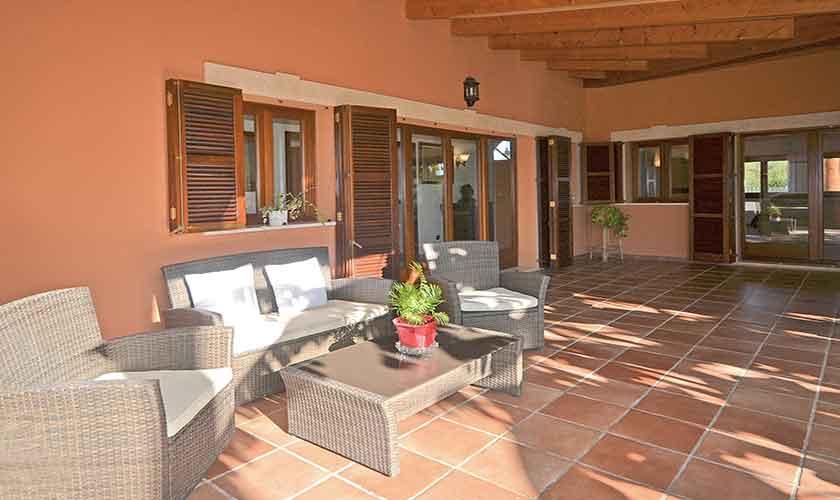 Überdachte Terrasse Ferienhaus Mallorca Norden PM 3222