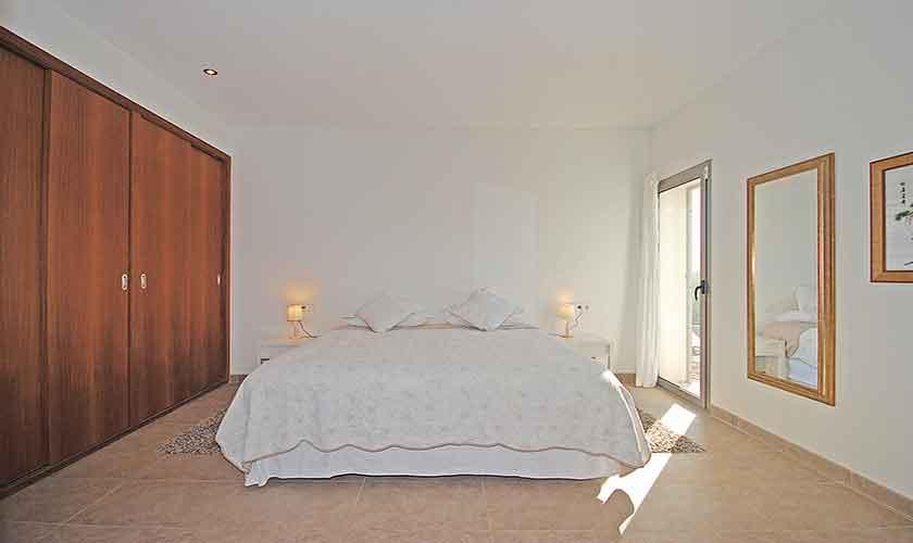 Schlafzimmer Ferienhaus Mallorca Norden PM 3223