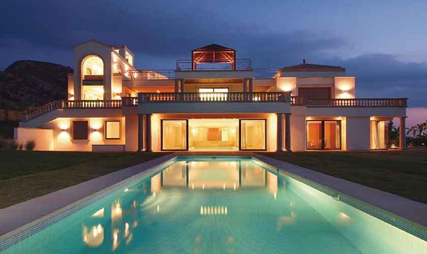 Luxusvilla Mallorca Norden beleuchtet PM 3300