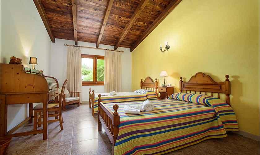 Schlafzimmer Finca Mallorca Norden PM 3407