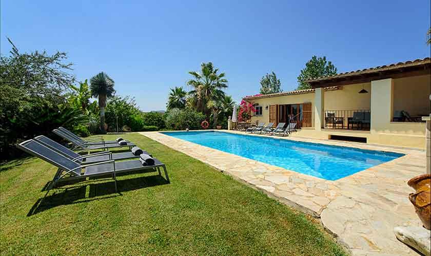 Pool und Garten Finca Mallorca Norden PM 3407