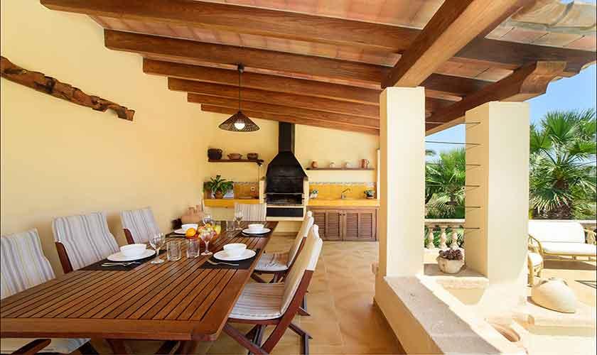 Terrasse mit Esstisch Finca Mallorca Norden PM 3407