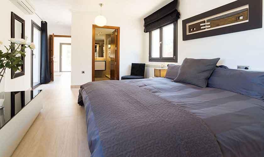 Schlafzimmer Ferienvilla Mallorca Norden PM 3410